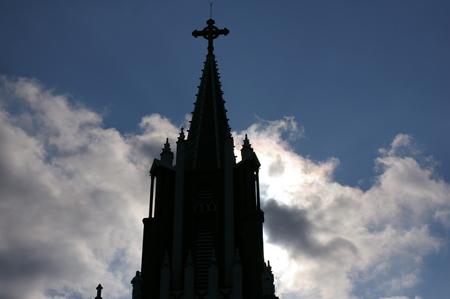 祈りの尖塔